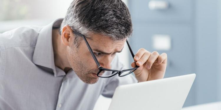 Wat is een computerbril of beeldschermbril en wat zijn de voordelen ervan?